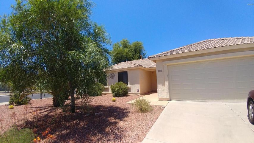 10798 W ROBIN Lane, Sun City, AZ 85373