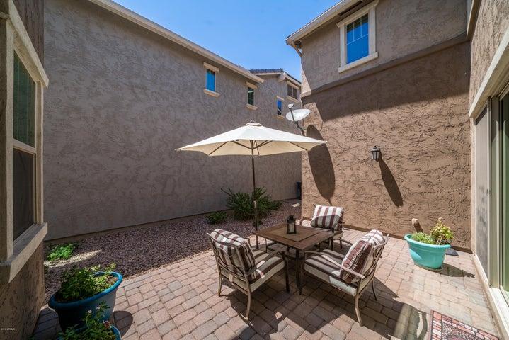 3636 E VEST Avenue, Gilbert, AZ 85295