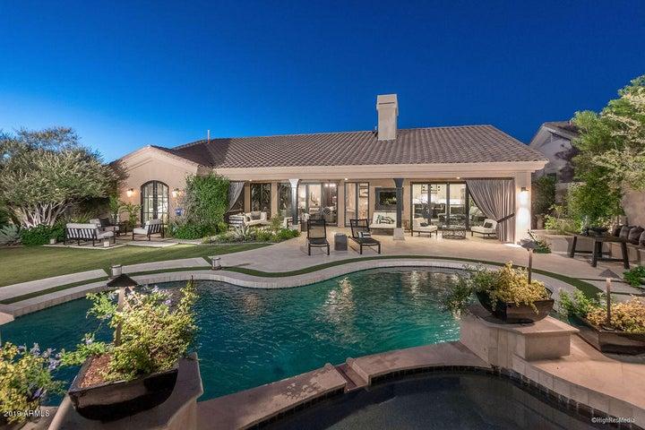 8913 E Calle de las Brisas, Scottsdale, AZ 85255