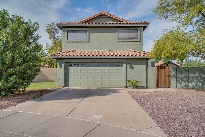 3832 E BIGHORN Avenue, Phoenix, AZ 85044