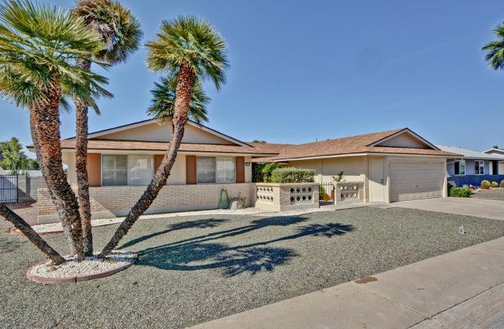 10015 W CUMBERLAND Drive, Sun City, AZ 85351