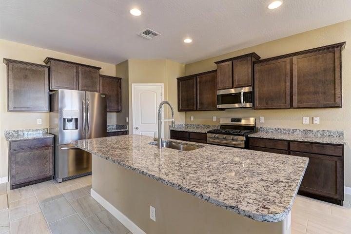 30408 W AMELIA Avenue, Buckeye, AZ 85396