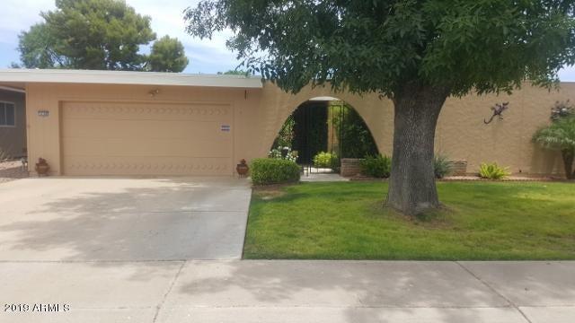 10306 W GARNETTE Drive, Sun City, AZ 85373