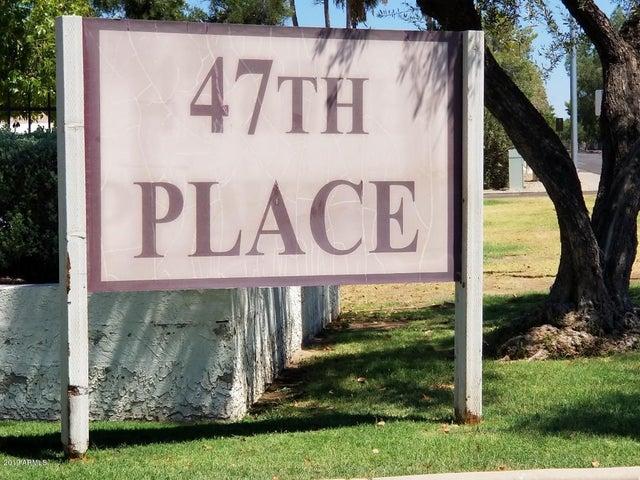 4730 W NORTHERN Avenue, 2110, Glendale, AZ 85301