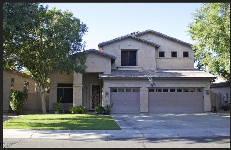1692 E BRUCE Avenue, Gilbert, AZ 85234