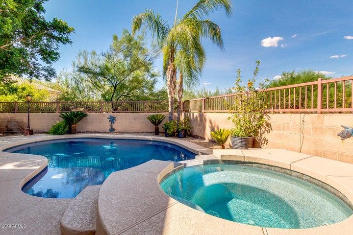 6434 W VIA DONA Road, Phoenix, AZ 85083