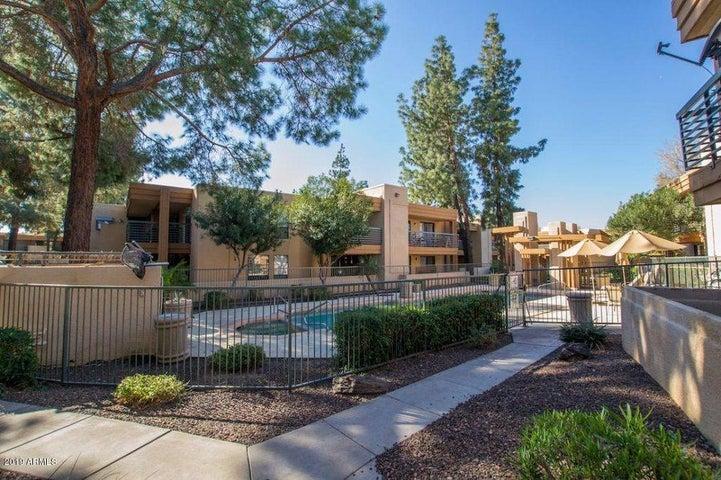 3329 W DANBURY Drive, F211, Phoenix, AZ 85053