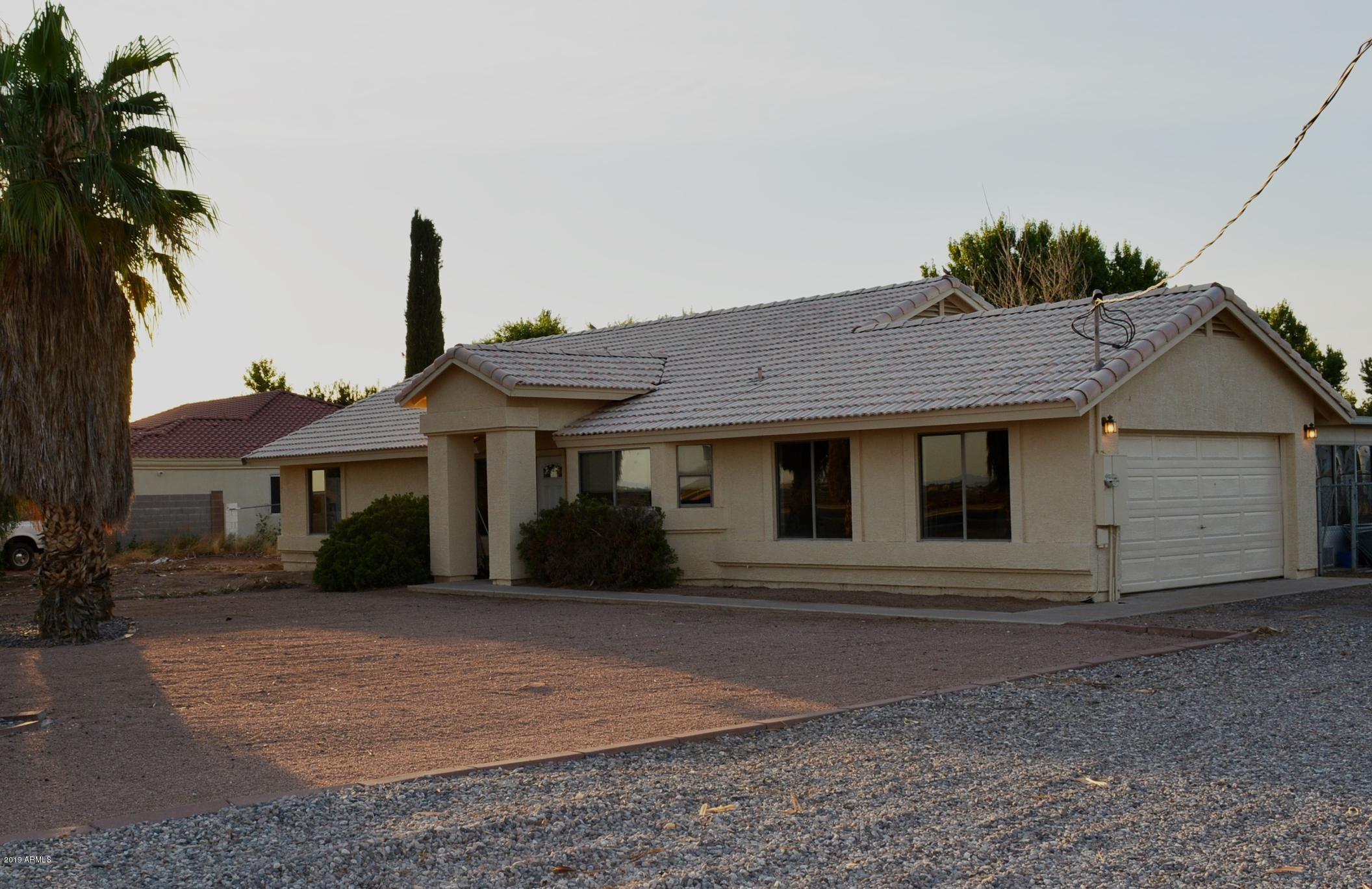 15712 E Chandler Heights Road, Gilbert, AZ 85298