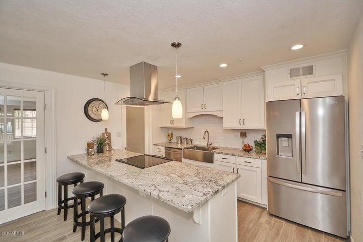 8307 E HUBBELL Street, Scottsdale, AZ 85257