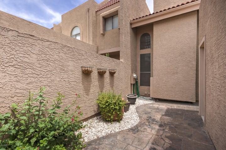 2524 S EL PARADISO Court, 94, Mesa, AZ 85202