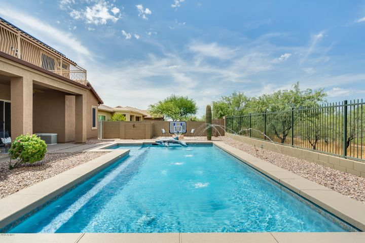 43712 N 50TH Drive, New River, AZ 85087
