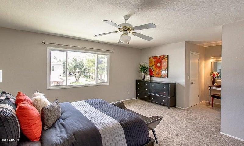4329 N MILLER Road, Scottsdale, AZ 85251