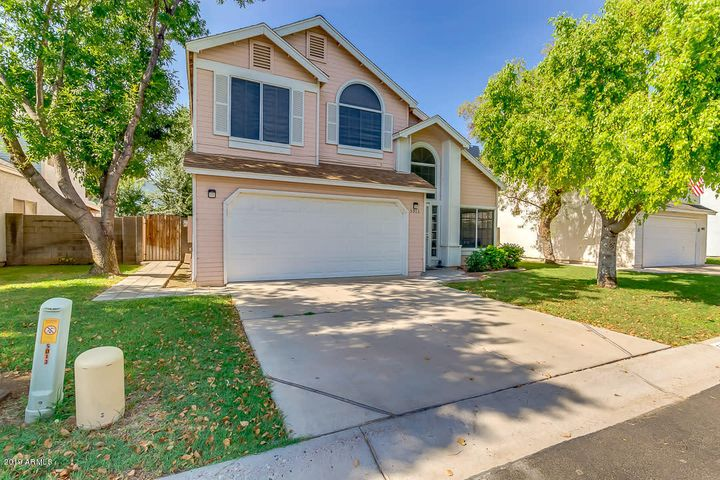Twelve Oaks Chandler - Tempe Real Estate Agent | Nick
