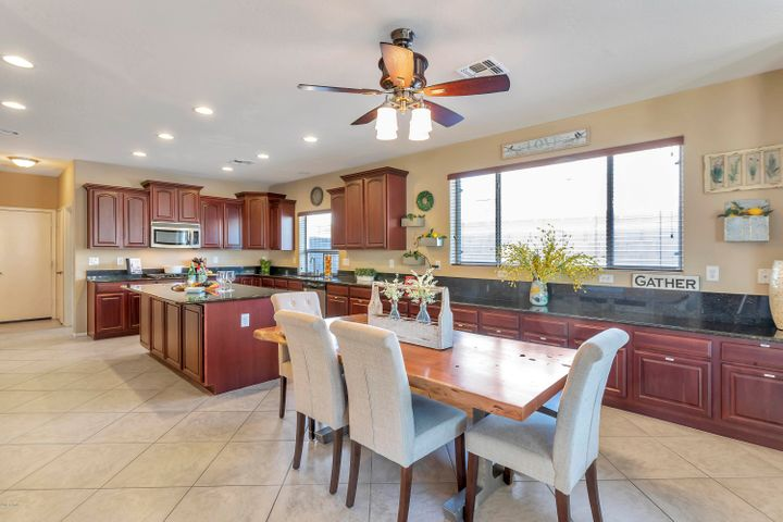 Gourmet Kitchen with gas cooktop and double ovens and lots of cabinetry