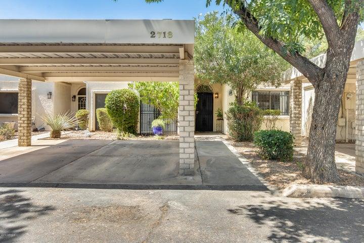 2718 W DESERT COVE Avenue, Phoenix, AZ 85029