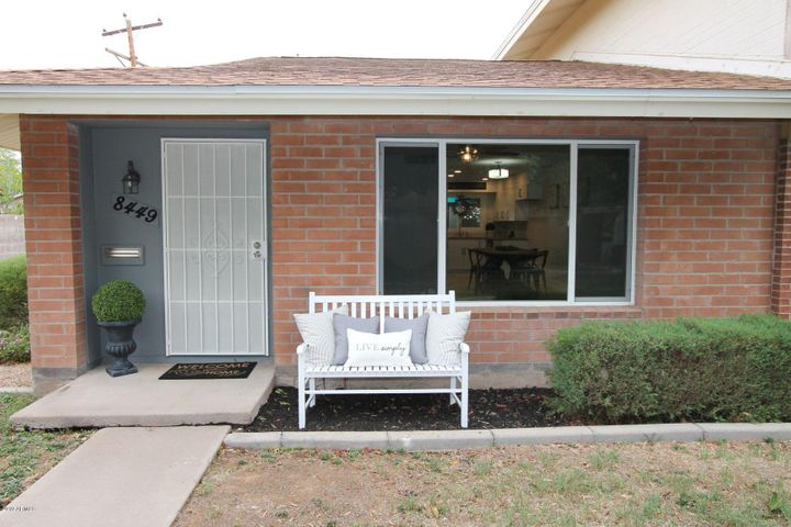 8449 E MONTEBELLO Avenue, Scottsdale, AZ 85250