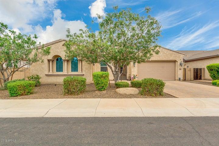 1050 E CLIFTON Avenue, Gilbert, AZ 85295