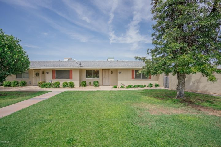 13688 N NEWCASTLE Drive, Sun City, AZ 85351