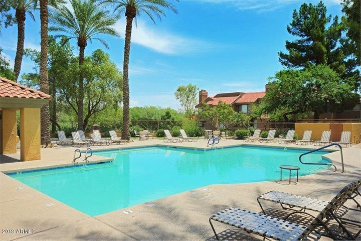Next to community pool, jacuzzi and direct access to Stonecreek Golf Course.