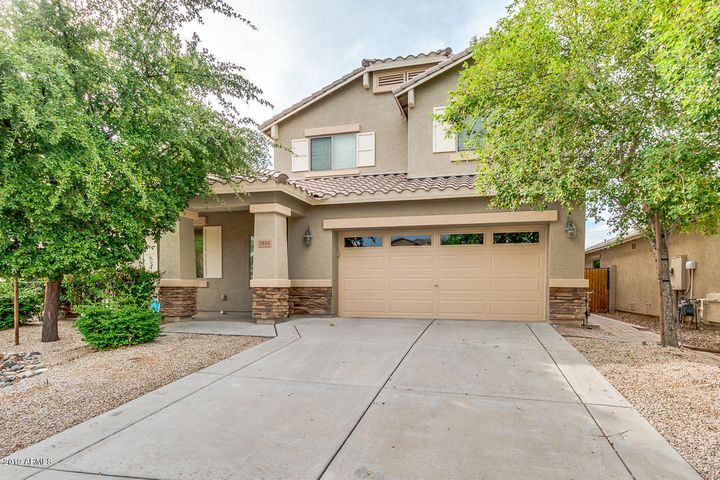2935 E QUIET HOLLOW Lane, Phoenix, AZ 85024