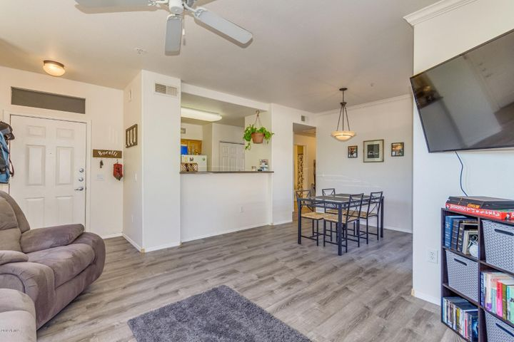 20100 N 78TH Place, 1182, Scottsdale, AZ 85255