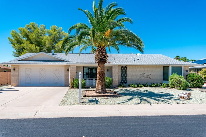 12424 W SWALLOW Drive, Sun City West, AZ 85375