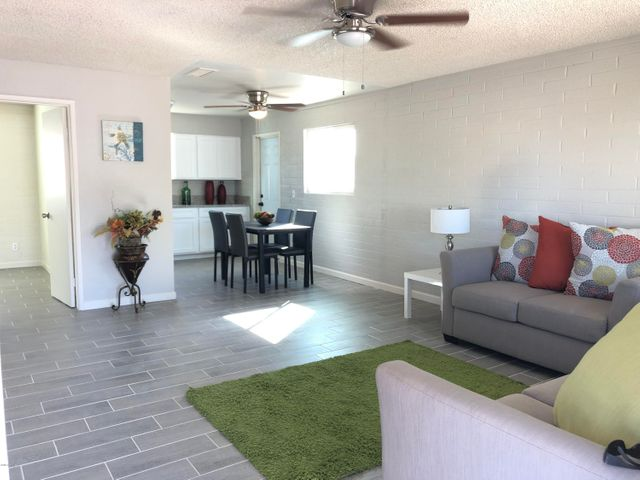 117 W 3RD Avenue E, Buckeye, AZ 85326