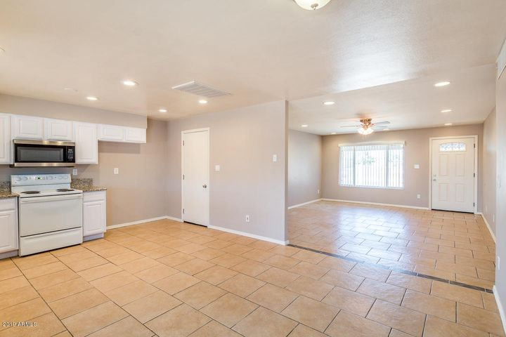 7221 W PEORIA Avenue, Peoria, AZ 85345