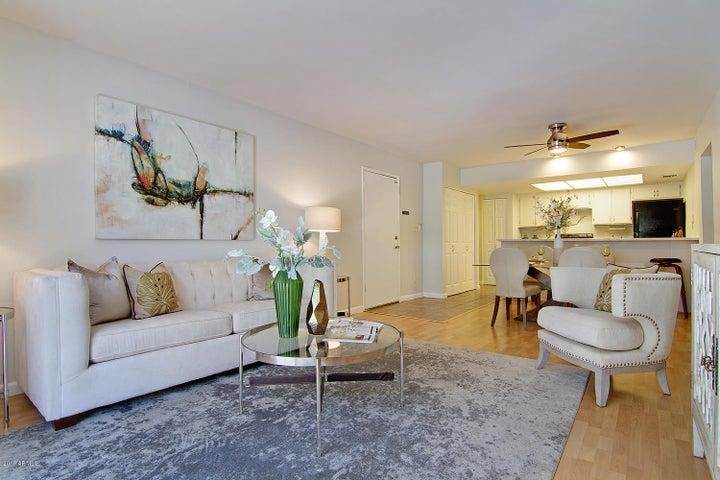 1920 W LINDNER Avenue, 206, Mesa, AZ 85202