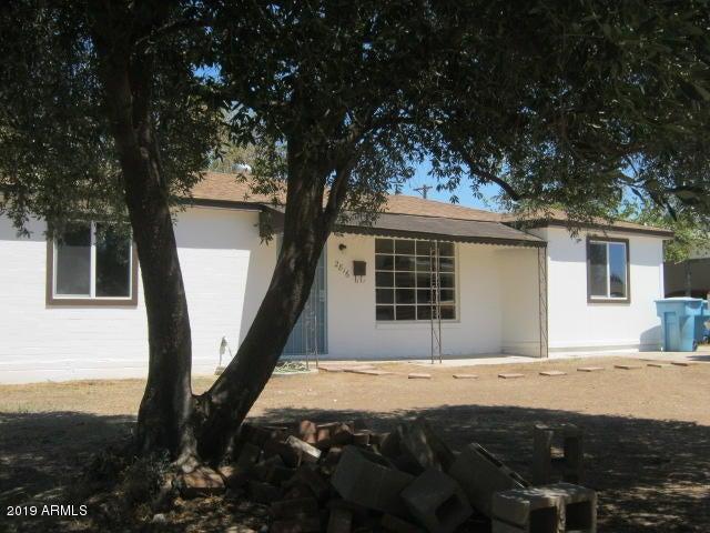2816 W GRISWOLD Road, Phoenix, AZ 85051