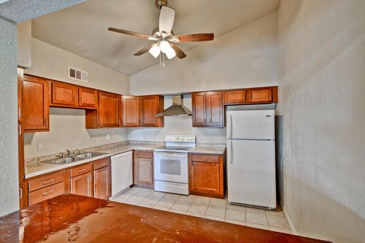 555 N MAY Street, 36, Mesa, AZ 85201