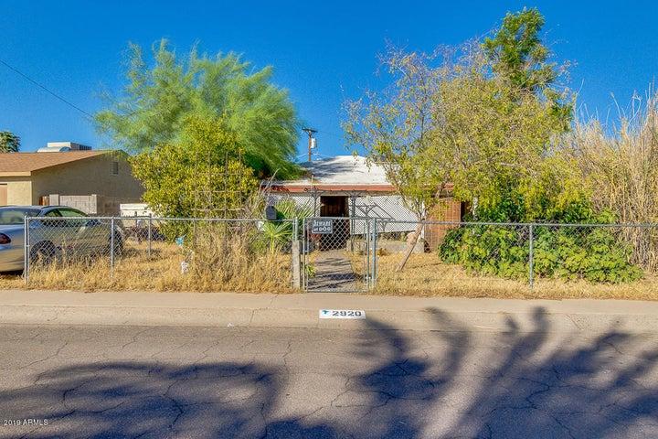 2920 W GOLDEN Lane, Phoenix, AZ 85051