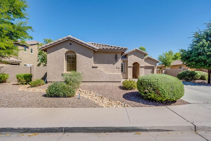 2176 E GRAND CANYON Drive, Chandler, AZ 85249
