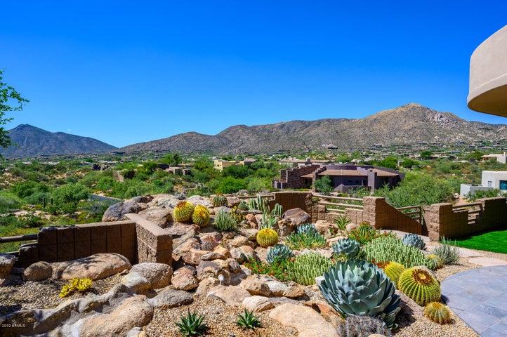 10859 E SALERO Drive, Scottsdale, AZ 85262