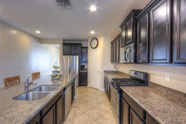 21373 N LILES Lane, Maricopa, AZ 85138