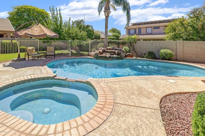 12551 W ALEGRE Drive, Litchfield Park, AZ 85340