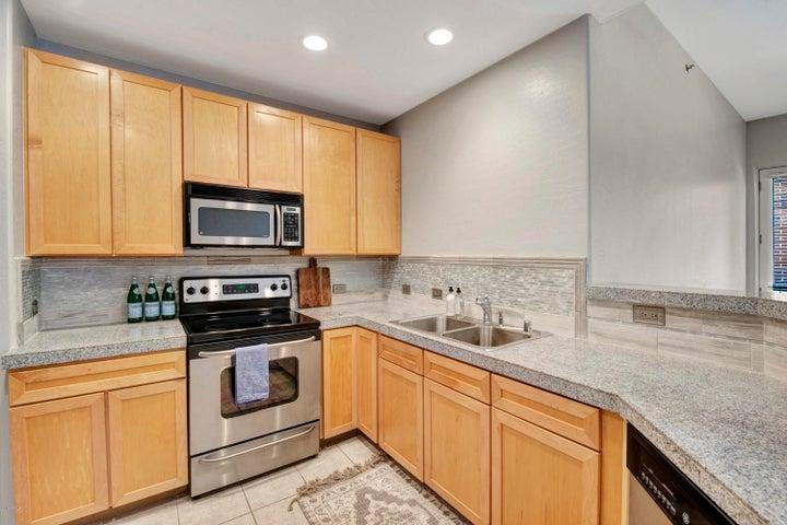 17 W VERNON Avenue, 107, Phoenix, AZ 85003