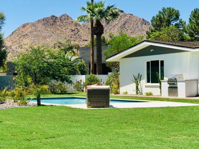 6833 E PASADENA Avenue, Paradise Valley, AZ 85253