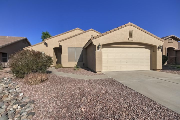 3904 S BRIDAL VAIL Drive, Gilbert, AZ 85297