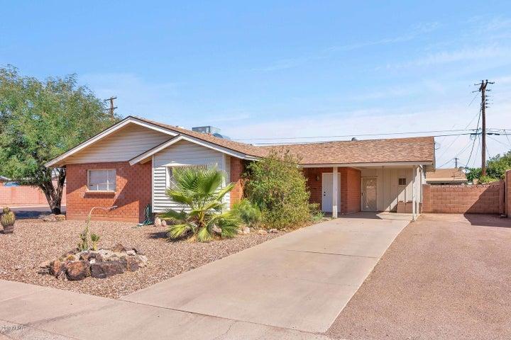 8202 E WHITTON Avenue, Scottsdale, AZ 85251