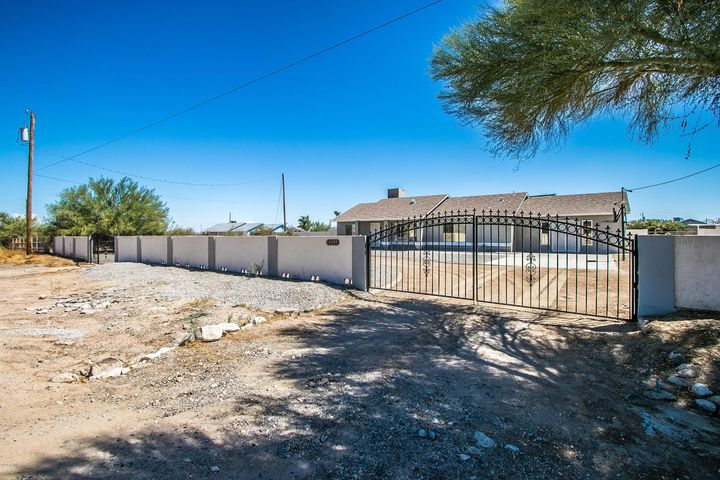 19139 W THOMAS Road, Litchfield Park, AZ 85340
