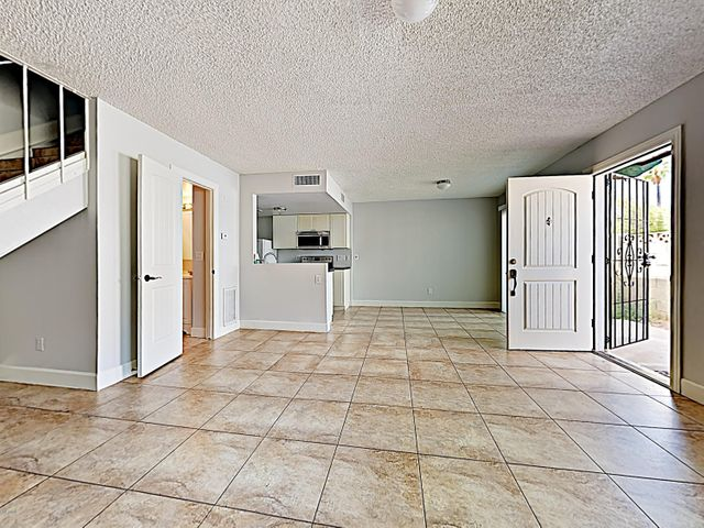 2132 W GLENROSA Avenue, B78, Phoenix, AZ 85015