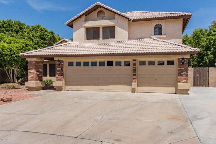 101 S GOLDEN KEY Drive, Gilbert, AZ 85233
