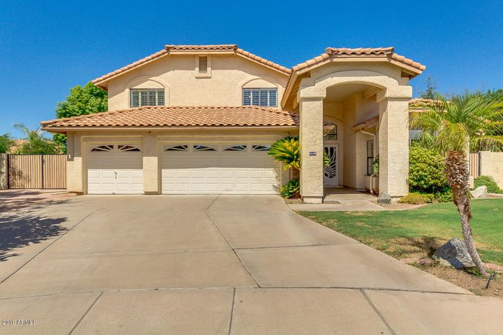 1640 W LANTANA Court, Chandler, AZ 85248