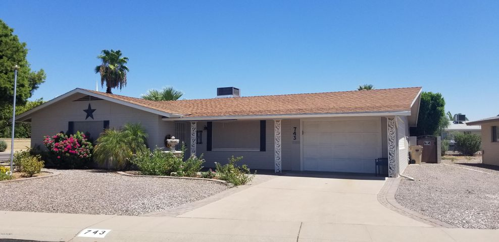 743 N 55th Place, Mesa, AZ 85205