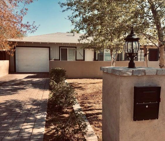 5529 E Earll Drive, Phoenix, AZ 85018