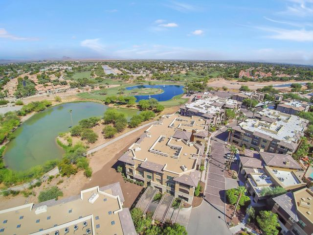 Located next to Silverado Golf Course, and the Scottsdale walking/bike paths