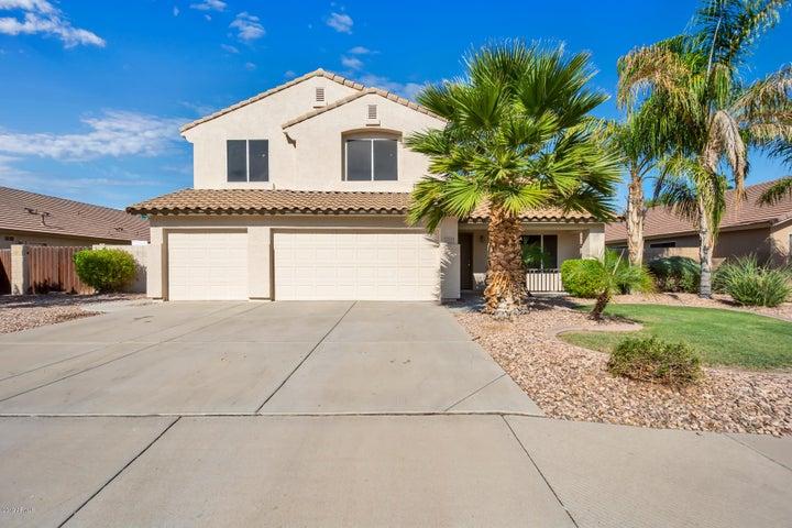 2210 S SOUTHWIND Drive, Gilbert, AZ 85295