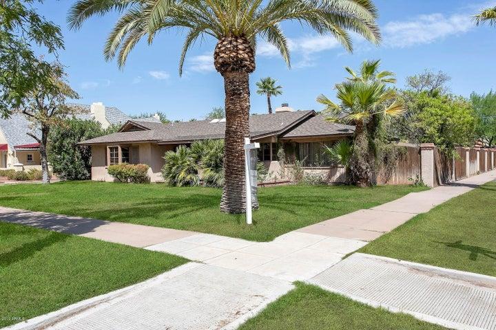 902 W WILLETTA Street, Phoenix, AZ 85007