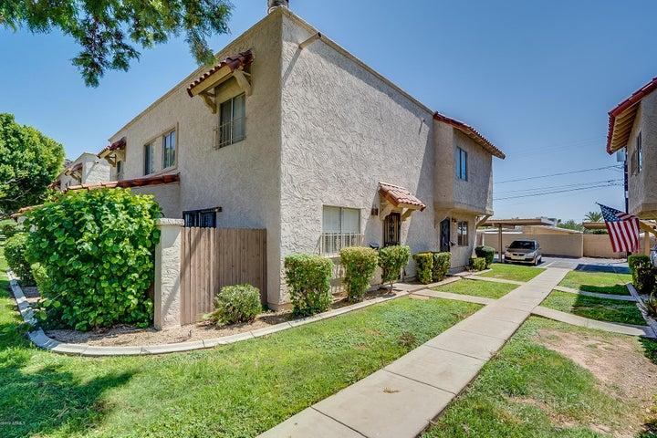1211 E LAWRENCE Lane, Phoenix, AZ 85020